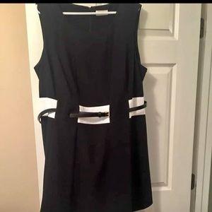 Very flattering Calvin Klein dress